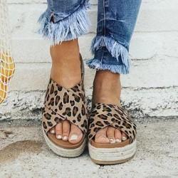 Summer sandals - soft platform flip flops