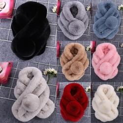 Luxe warme donzige sjaal met pompon