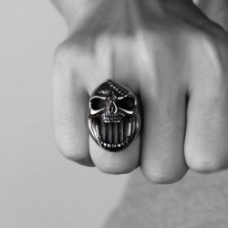 Stainless steel ring with skull jaw - bottle opener