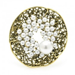 Vintage pearl flower - round brooch