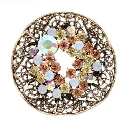 Vintage round brooch - with...