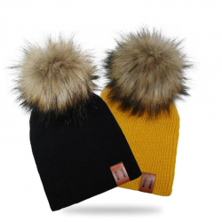 Knitted beanie with pom pom / leather label - unisex - for kids / adults