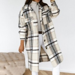 Fashionable plaid coat - with buttons / turn down collar