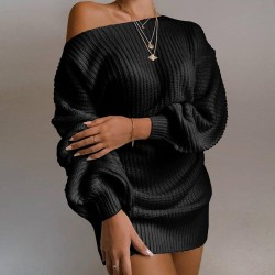 Sexy knitted sweater - with off-shoulder / long sleeves