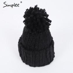 Chapeau de Laine avec Pompon