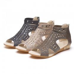 Fashion Rivet Gladiator Sandals