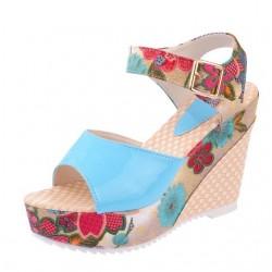 Flower pattern wedge heel sandals