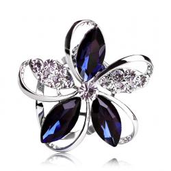 Crystal flower brooch