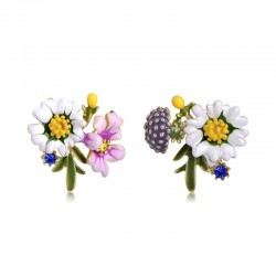 Small chrysanthemum stud earrings