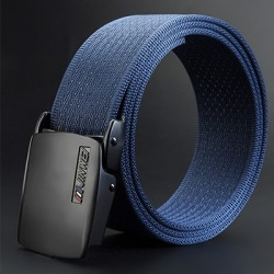 Adjustable nylon belt with automatic buckle