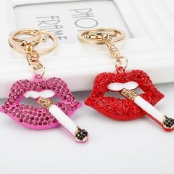 Lèvres en cristal avec une cigarette - porte-clés